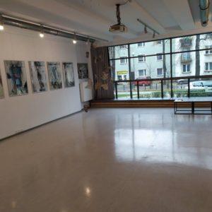 Zdjęcie przedstawia wnętrze Galerii Przytyk