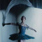 "Kadr z retransmisji baletu ""Rajmonda"""