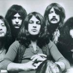 Czarno-białe zdjęcie przedstawiające zespół Deep Purple