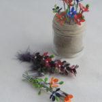 zdjęcie wiosennych kwiatów z drutu