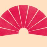 grafika na różowym tle wachlarz japoński w kolorze również różowym